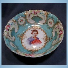 Early Porcelain Geisha Girl Portrait Bowl