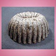 Early Mottled Gray & White Agate or Graniteware Mold