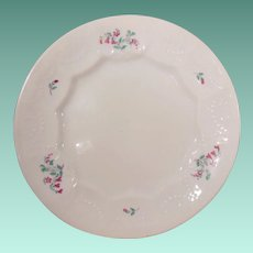 """19th Century Early English Sprig 7"""" Plate with Small Red Flowers and Green Leaves"""