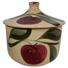 Watt Pottery Apple Pattern Grease Jar #01 Three Leaves