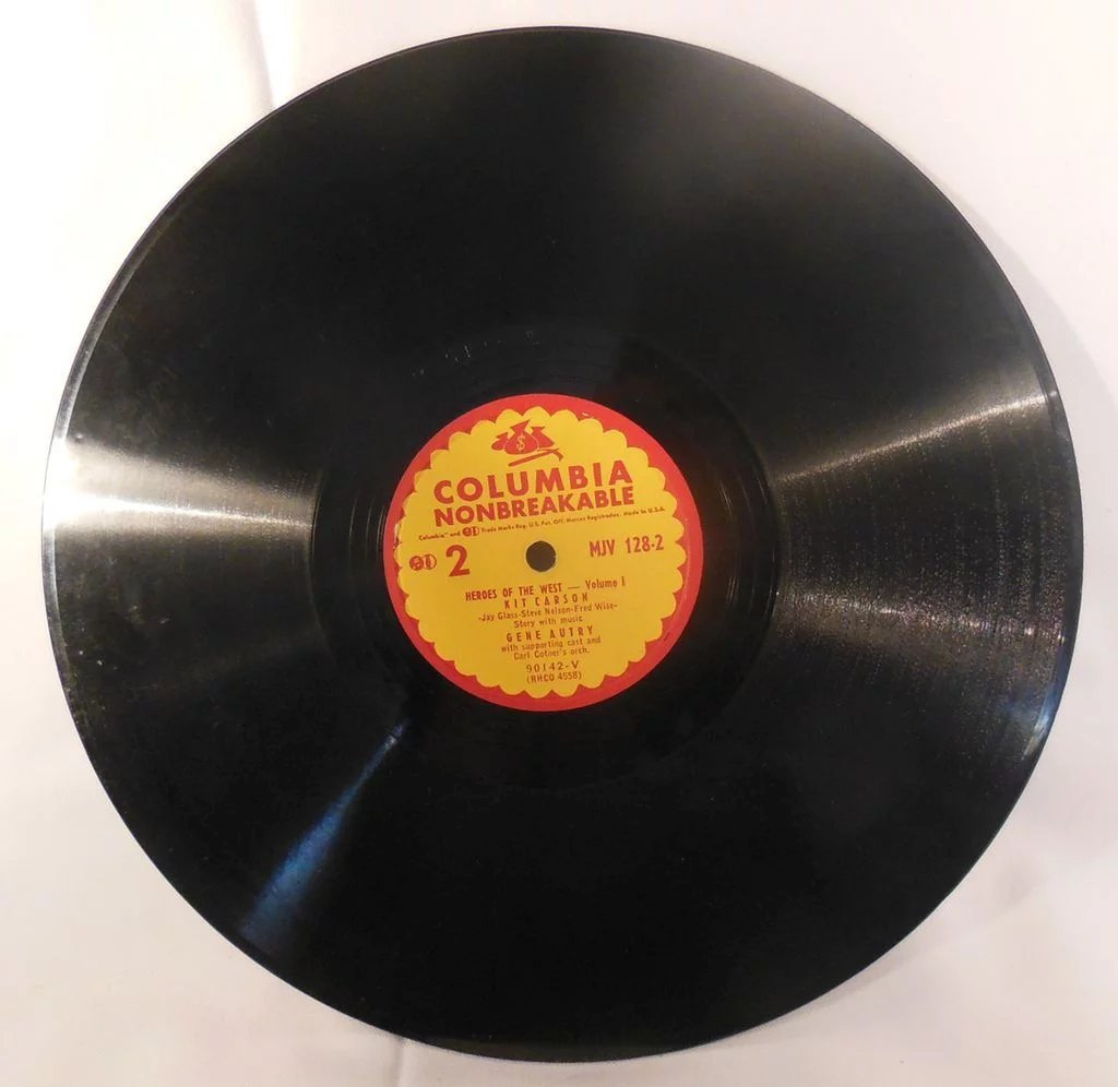 Two Vintage 78 Rpm Vinyl Children S Records Little Hawk