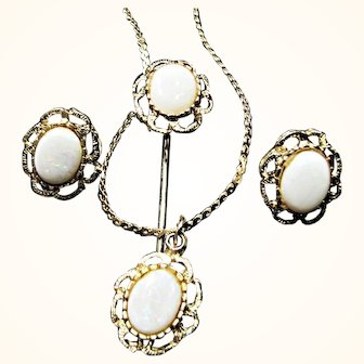 Vintage 3 Piece Fashion Set with Faux Opals