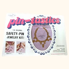 70's Pin-Tastics Necklace Jewelry Craft Kit #1008