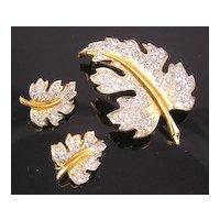 Lovely Lisner Leaf Brooch & Earrings