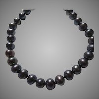 Black Blue Iridiscent  Cultured Freshwater Pearls Necklace