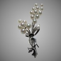 Cultured Pearls Fine Pin