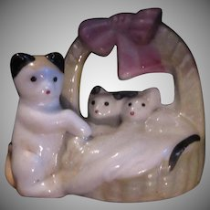 Old Cat  Ceramic Figurine Tiny Kittens Basket Vintage Japan