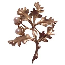 Boucher Signed Gold Tone Flower With Real Pearls :Pin Brooch