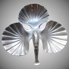 B&B Heavy Cast Aluminum Large Shell Triple Serving USA