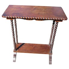 Small Side End Table Turned Legs Fine Furniture