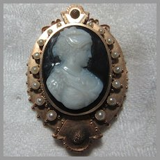 14K Gold Victorian Hardstone Cameo Brooch With Locket Signed