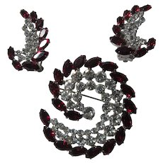David Rhinestone With Red Stones Brooch PIn and Clip Earrings Set Demi Parure