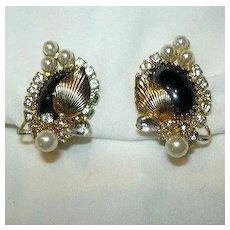 Hobe Clip Earrings black Gold & Faux Pearl