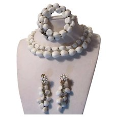 Miriam Haskell White Glass Parure Necklace Bracelet Earrings Set