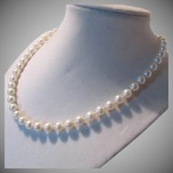 Fine Genuine Cultured Pearls Vintage Necklace 14K Clasp