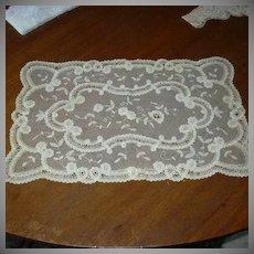 Fancy Old Net & Lace Table Mat