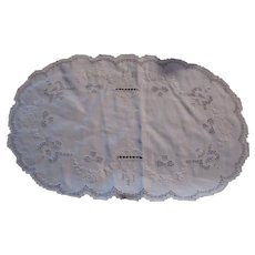 White Linen Oval Table Mat Embroidery and Filet Work Dining Linens