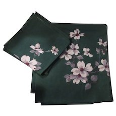 Green Tablecloth Napkins White Dogwood Print Fine Dining Linens