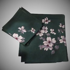 Green Tablecloth Napkins White Dogwood Print Fine Dining Linens