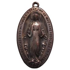 1933 Virgin Mary Miraculous Medal Unusual Design