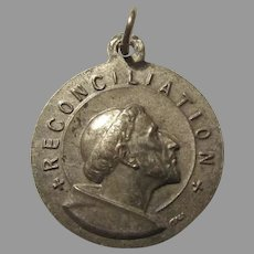 1975 Dated St Francis Reconciliation Medal Holy Year