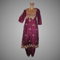 Cranberry Fuschia Red Organza 2pc Dress India Ornate Beading Gold Trim Salwar Kameez