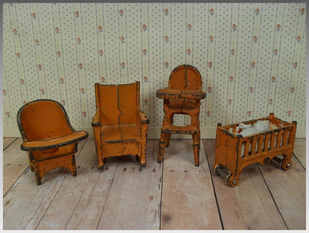 Kilgore Metal Dollhouse Furniture Nursery Set In Orange 1  # Muebles Long Lane