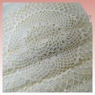 "Hand Crocheted 18"" Doily Unused Circa 1940s Pineapple Pattern"