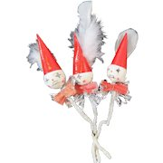 3 Retro Santas With Feathers Package Ties 1950s