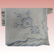 8 Linen Napkins Luncheon or Bridge Pale Blue Embroidery