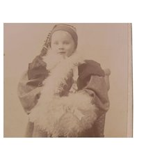 Early Photo Carte De Visite Tiny Girl Ostrich Feather Plume Muff