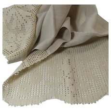 Dresser Scarf Ecru Linen and Filet Crochet Runner