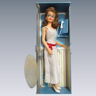 Posin Misty Doll by Ideal 1960s in Original Phone Booth