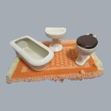 Vintage 3 Piece Dollhouse Bath Room Set