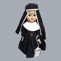 """Vintage 1950s 8"""" Nun In Original Habit"""