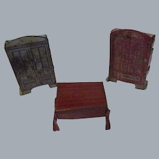 """Vintage Marx Tin Lithographed Furniture for the """"Newlywed Rooms""""  Lot of 3 Pieces"""