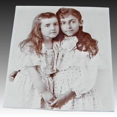 Friends Forever Playmates Photo Cabinet Card Two Young Girls different Nationalities