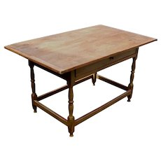 Early 19th century One Drawer Tavern Table with Stretcher Base