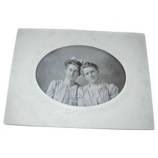 Photo Cabinet Card Two Young Women Eyeglasses & Bow