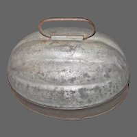 Early 1 Quart Tin Melon Shaped Mold