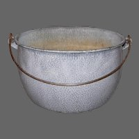 Vintage Gray Mottled Graniteware Pot with Bail Handle