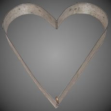 Vintage Tin Heart Shaped Biscuit-Cake Cutter-Mold with Holding Pin