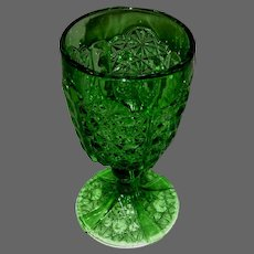 Vintage Green Daisy and Button Pattern Beverage, Water Goblet