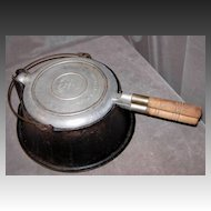 Wagner Ware Antique #828 Stovetop Waffle Iron w/Cast Iron Stand