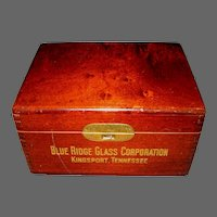 Blue Ridge Glass Corp. Salesman Glass Sample Box