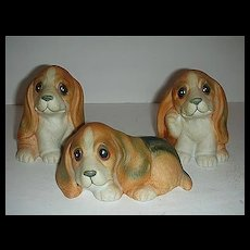 Homco retired basset hounds dog w/ labels