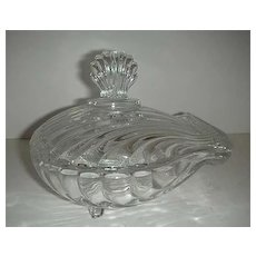 Clam shaped  covered  glass  dish