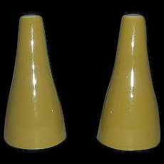 Star glow retro salt & pepper shakers