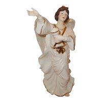 Porcelain O'Well Angel Figurine w/ urn