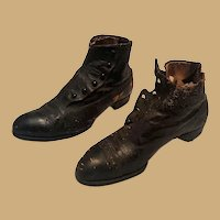 1890's Ladies Button Shoes Boots